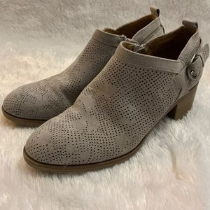 S o n o m a light gray booties women's size 6.5